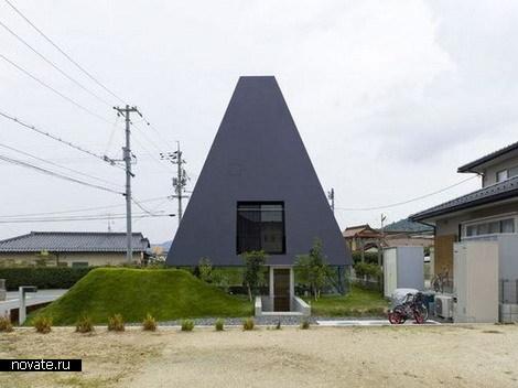 Дом-пирамида для японских фараонов