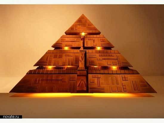 Компьютер-пирамида из Звездных Врат