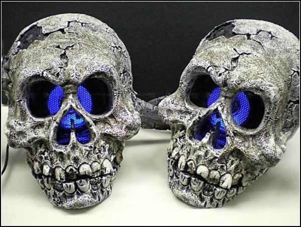 Колонки-черепа