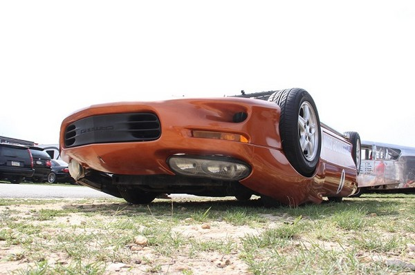 Upside Down Camaro – гоночное авто вверх тормашками