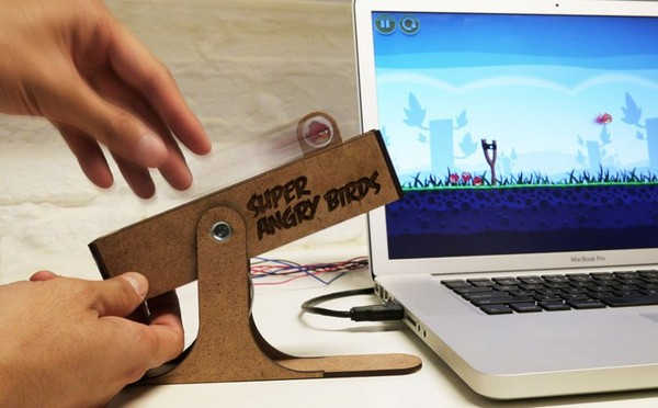 Super Angry Birds — пульт управления злыми птицами
