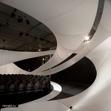 Концертный зал от Захи Хадид