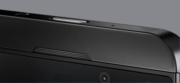 Blackberry Z10 – первый Blackberry с сенсорным экраном