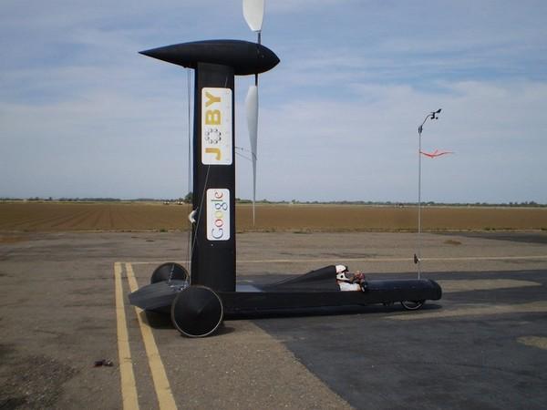 Blackbird — ветряной автомобиль, который едет против ветра