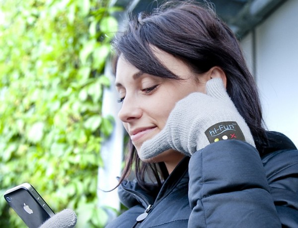 Bluetooth Gloves — перчатки для зимних разговоров по телефону