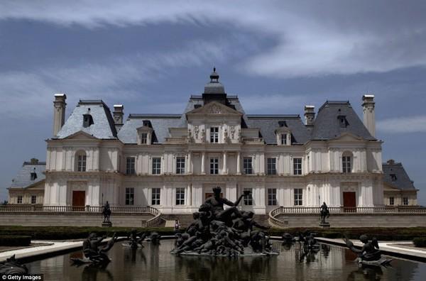 Французский замок Мезон-Лаффит