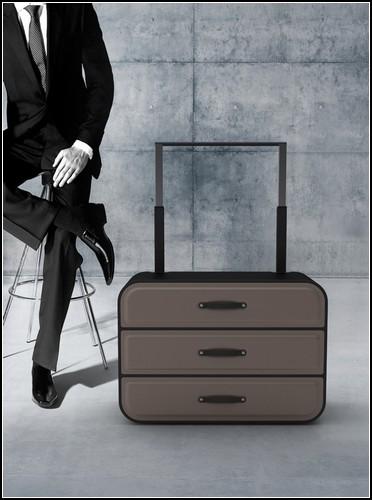 Шкаф на колесиках для тех, кто часто ездит в командировки