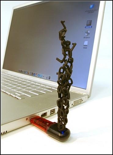 Флешки со скульптурным дополнением