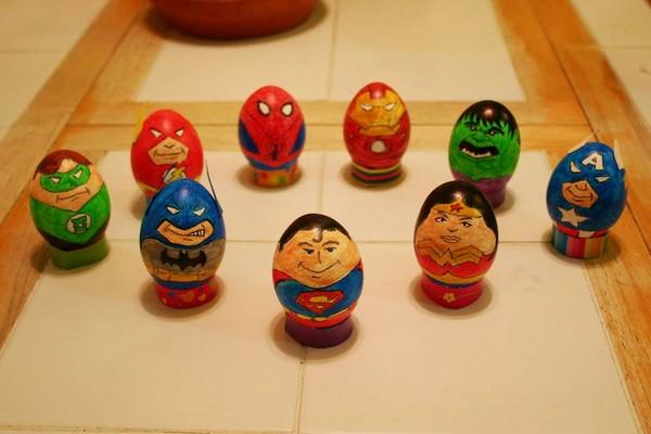 Пасхальные яйца в виде супергероев