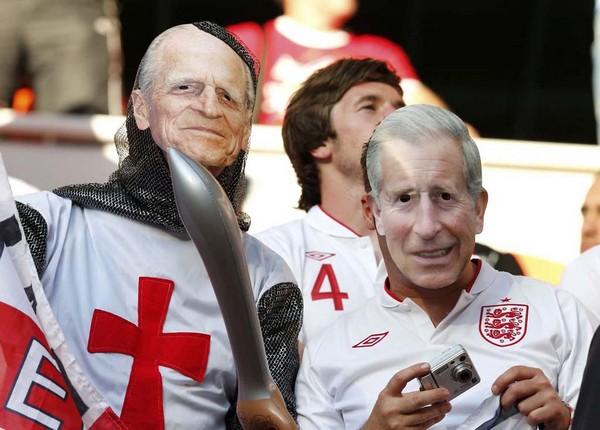 Британская королевская семья на трибунах стадионов