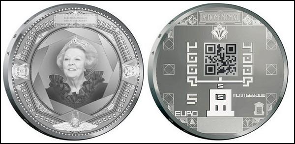 Первые в мире монеты с QR-кодом