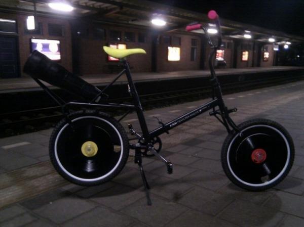 Велосипед-граммофон Feats-per-minute-6