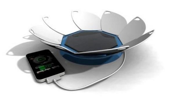 Цветочная зарядка для мобильного телефона