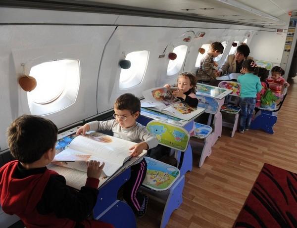 Детский садик в ЯК-40. Необычное образовательное заведение в Грузии