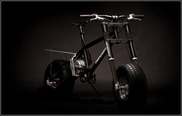 Велосипед в стиле Бэтмена
