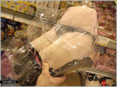Подушки в виде женских коленок