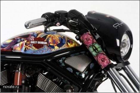 Цветочный Harley Davidson в помощь детям Африки