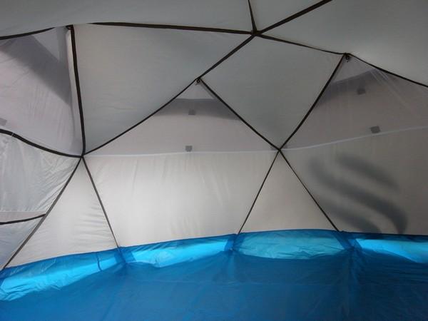 Надувная палатка The Cave