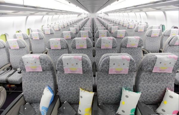 Самолеты Hello Kitty от авиакомпании EVA Air