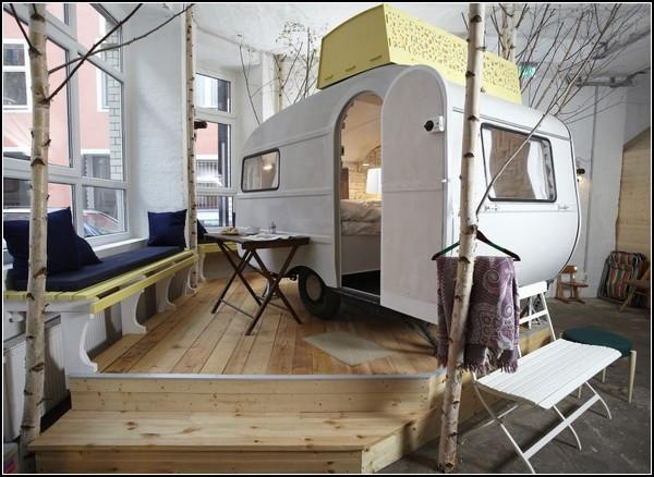 Hüttenpalast — антуражный отель для тех, кто любит путешествия