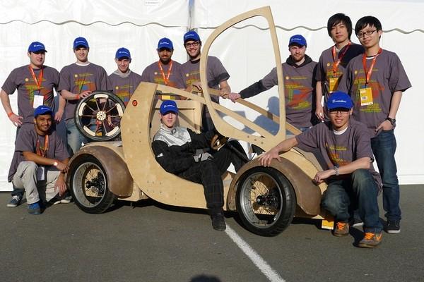 На водородном топливе! Автомобиль из картона и фанеры от студентов Aston University