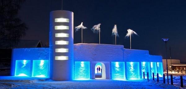 Модерная ледяная архитектура