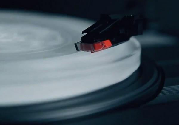 Ледяная музыка на ледяных пластиках. Новый сингл от Shout Out Louds
