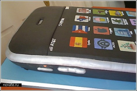 Торт в виде iPhone