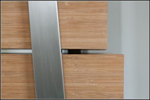 Шкаф-лестница для того, чтобы легко доставать до верхних полок