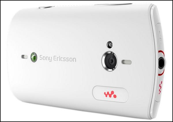 Live with Walkman – музыкальный и социальный телефон от Sony Ericsson
