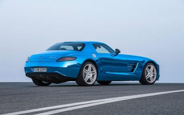 Mercedes-Benz SLS AMG — электрический спорткар для серийного производства
