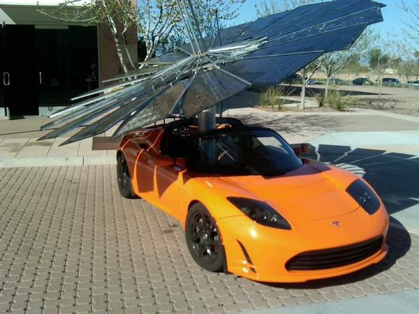 Monarch Power – солнечный цветок для электромобилей