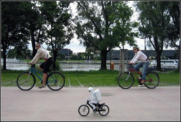 Murata – роботы-велосипедисты