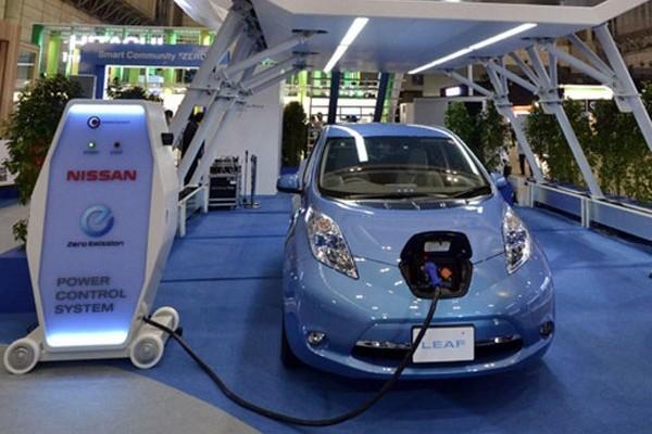 Nissan зарядит аккумуляторы электромобилей за 10 минут