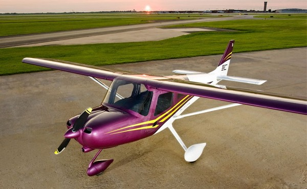 Самолет Cessna Skycatcher