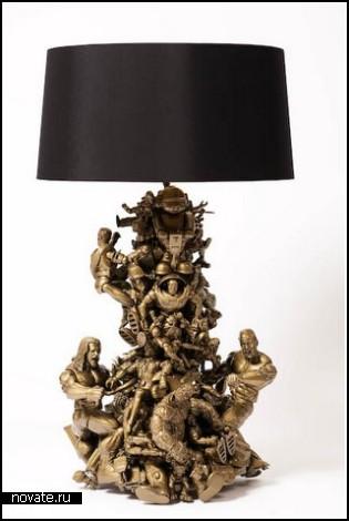 Toy Lamp из старых игрушек
