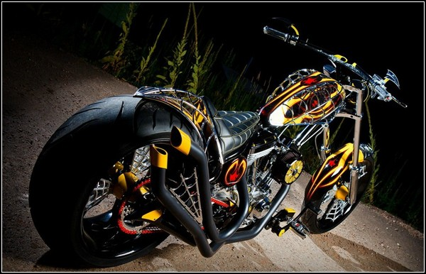 Биометрический мотоцикл от Пола Тотула-Младшего (Paul Teutul, Jr.)