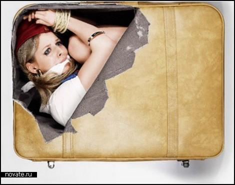 Креативная картинка на чемодане. quarkoniuM.