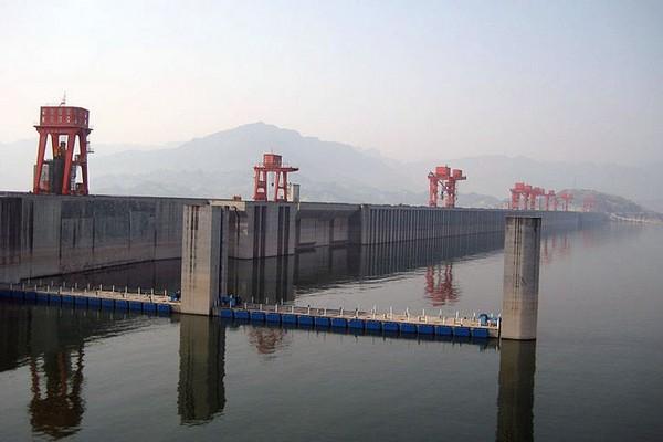 Три Ущелья — самая большая ГЭС в мире