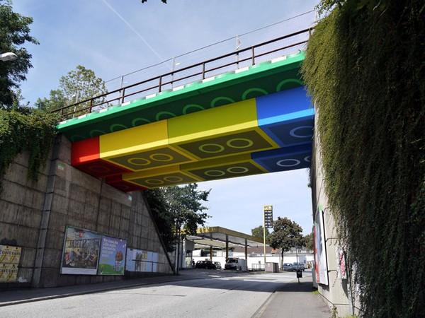 Мост в стиле LEGO