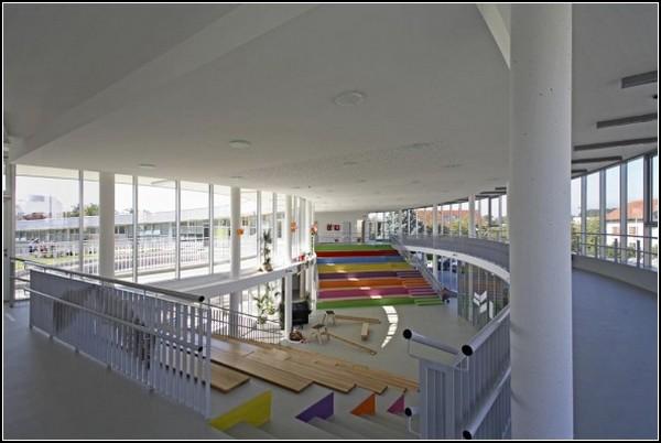 http://www.novate.ru/files/u4755/unusual-Kindergarten-17.jpg