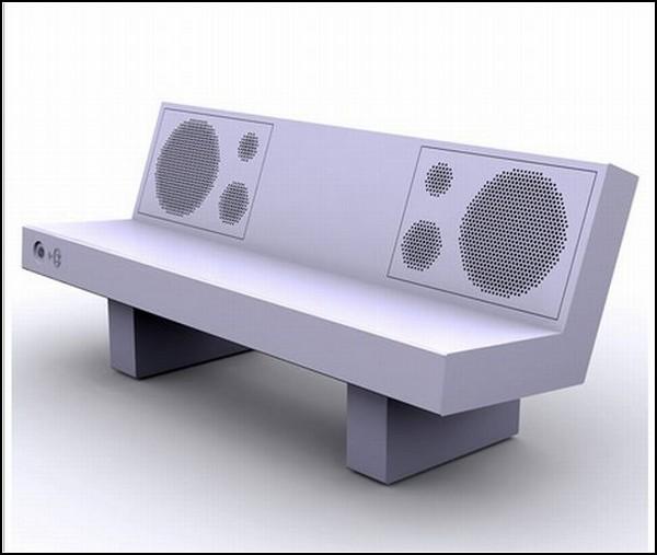 Скамейка с колонками для iPhone и iPod