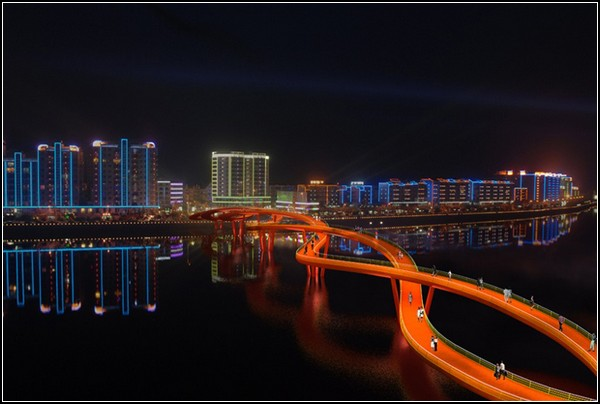 Спиральный мост
