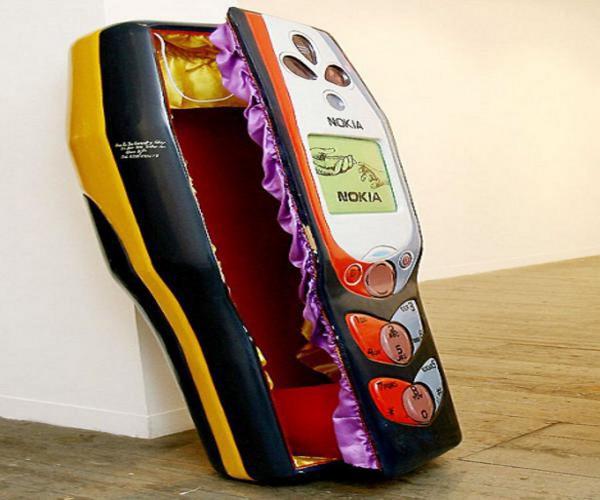 Гроб для любителей телефонов Nokia