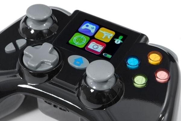 Datel Xbox 360 controller – игровой контроллер со встроенным экраном