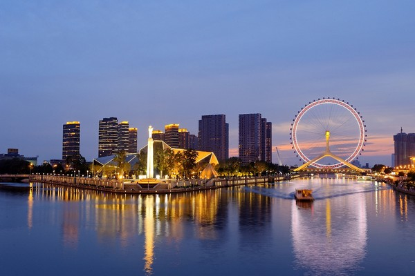 Tianjin Eye – колесо обозрения на мосту