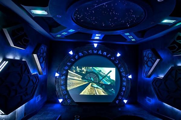 Домашний кинотеатр в стиле «Звездных Врат»
