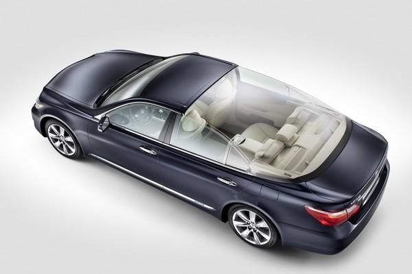Лимузин Lexus LS 600h L Landaulet для королевской свадьбы