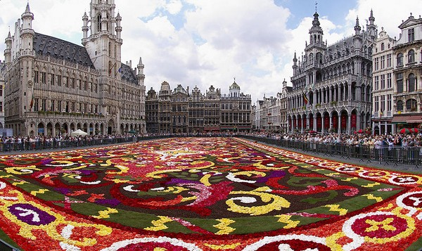 Самая красивая площадь Европы