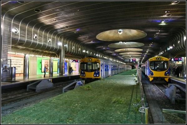 Зеленая платформа в Окленде